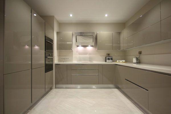 Cocinas grises sin ventana